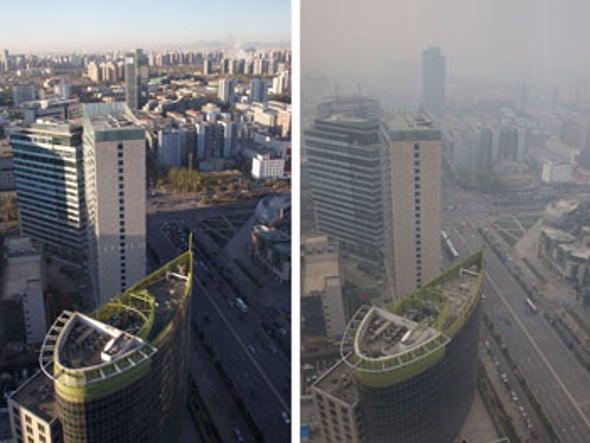 First 'Orange' Pollution Alert as Smog Rolls into Beijing
