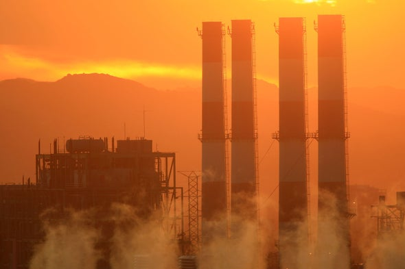 Neighborhood Wealth Dramatically Impacts Home Greenhouse Gas Emissions