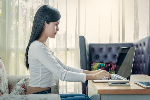 4 Ways to Improve Your Posture and Lose That Slouch