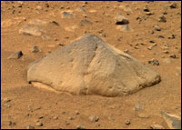 Mars Rock Ready for Its Close-up