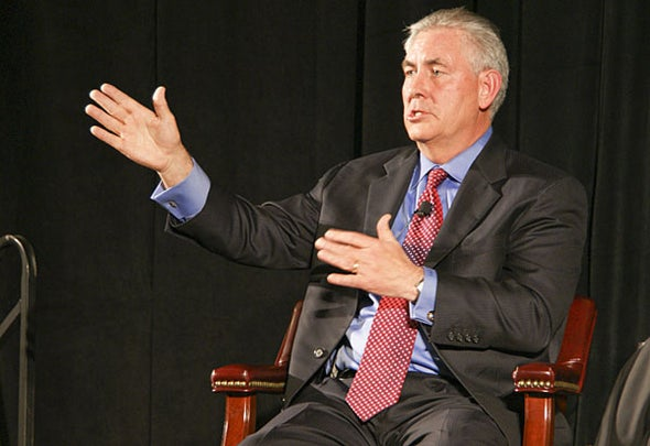 Secretary of State Gives Nod to Climate Action at Arctic Meeting