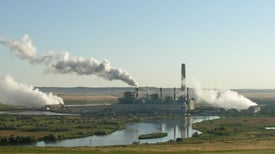 World Economy Grows without Growth in Global Warming Pollution