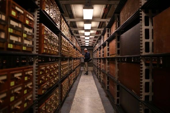 Atom Wranglers Create Rewritable Memory