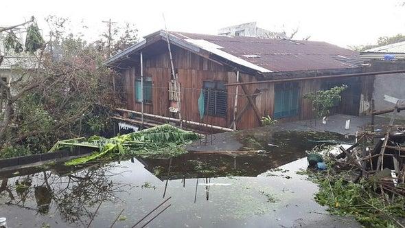 Typhoon Shuts Down Philippine Capital and Triggers Mass Evacuations