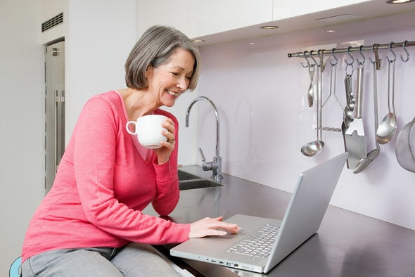 Online Sociality Linked to Lower Death Risk