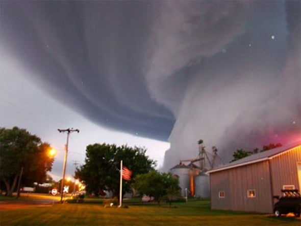 U.S. Tornadoes Form in Swarms