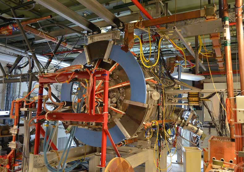 Experiment Triggers Superhot Plasma Outbursts to Untangle Solar Flare Mystery