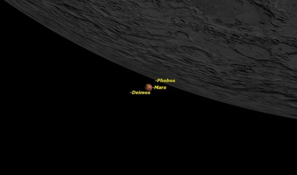 See the Moon and Mars Meet Up in Night Sky Saturday