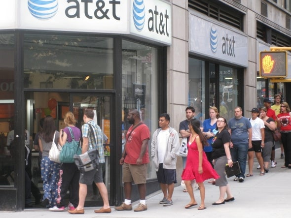 AT&T gets in on no-contract, early upgrade plans too