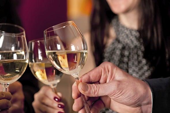 Bigger Glasses Rack Up More Wine Sales