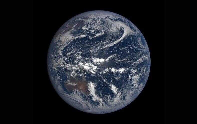 """Trump Budget Cuts """"Critical"""" NASA Climate Missions"""