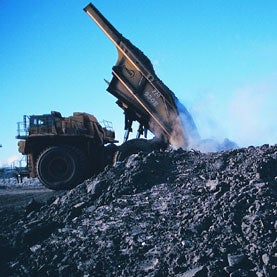 big-truck-dumping-oil-sands