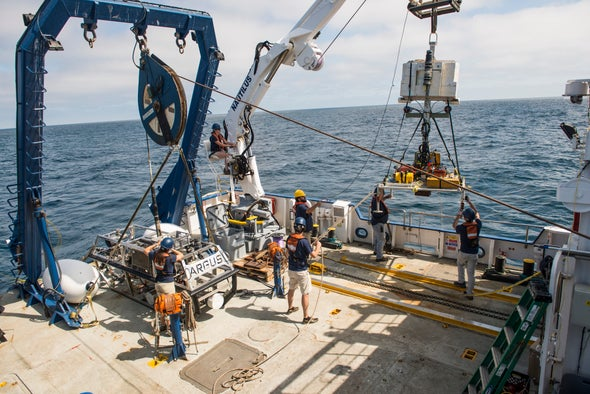 Prepping for Alien Oceans, NASA Goes Deep