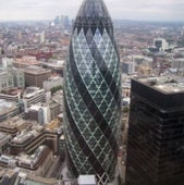 SWISS RE TOWER: