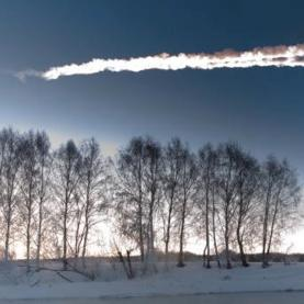 M. Ahmetvaleev took this photo of a meteor streaking over Chelyabinsk, Russia on February 15, 2013.