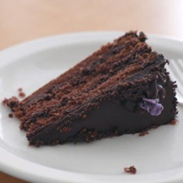 Men Suppress Food Cravings Better Than Women