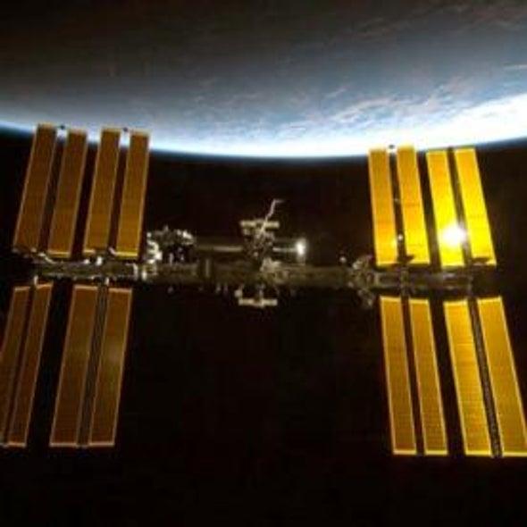 Astronauts May Evacuate Space Station in November, NASA Says