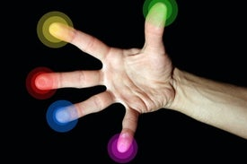 """New Virtual Reality Interface Enables """"Touch"""" Across Long Distances"""