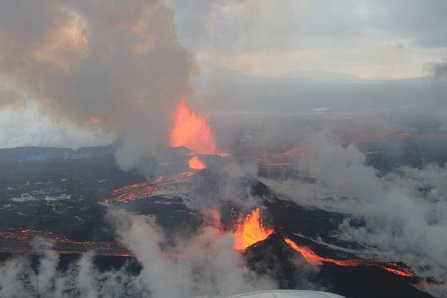 Gas-Spewing Icelandic Volcano Stuns Scientists