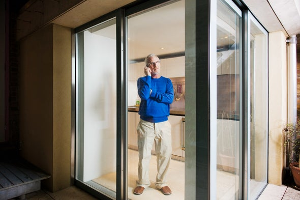 Smart Glass Goes from Clear to Cloudy in a Jolt