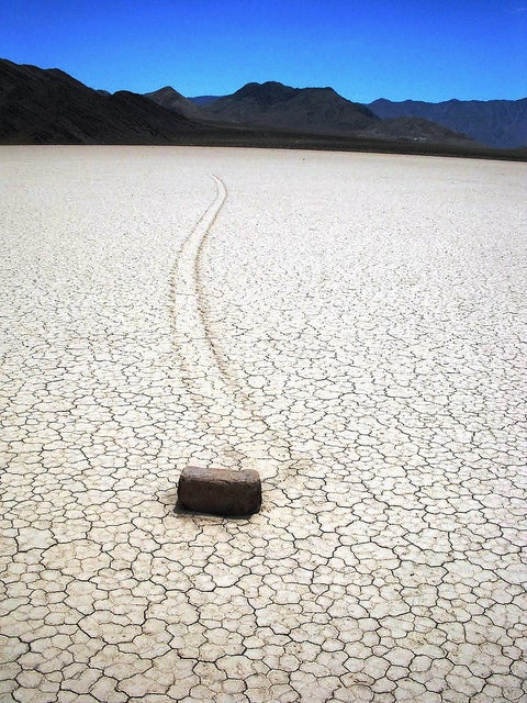 "Mystery of Death Valley's ""Wandering Stones"" Explained [Video]"