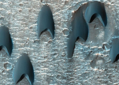 Dunes on Mars Resemble Starfleet Logos