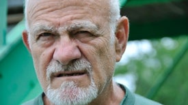 Genes Responsible for Gray Hair, Unibrows and Bushy Beards Uncovered