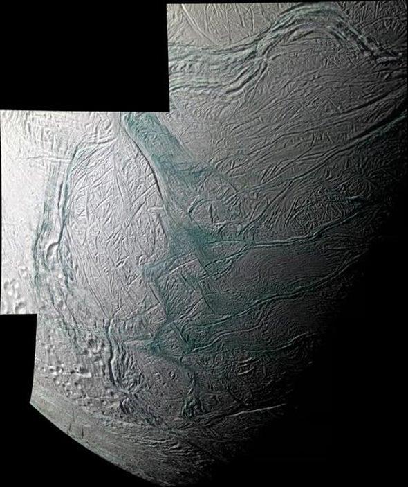 Cassini Spots Source of Enceladus's Icy Jets