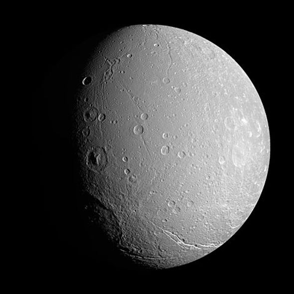 Cassini Makes Final Close Flyby of Saturn Moon Dione