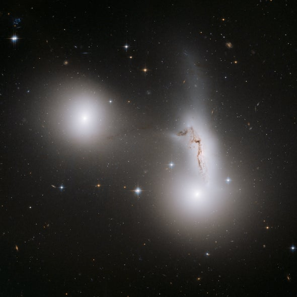 Three galaxies get cozy