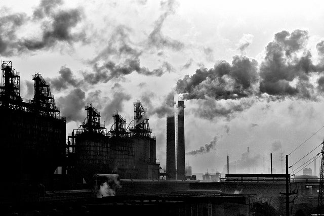China Finds It's Hard to Trade Global Warming Pollution