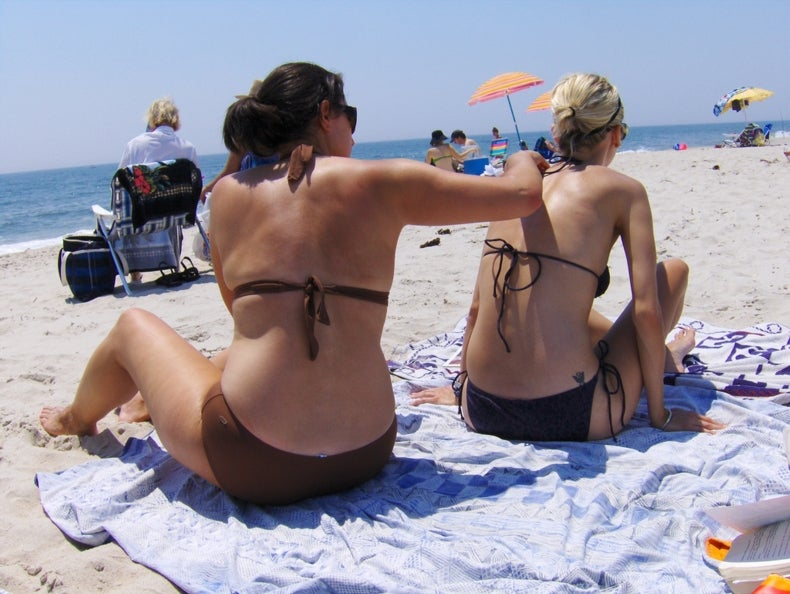 "Fact or Fiction?: A ""Base Tan"" Can Protect against Sunburn"