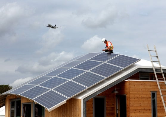 Fight Over Rooftop Solar Forecasts A Bright Future For
