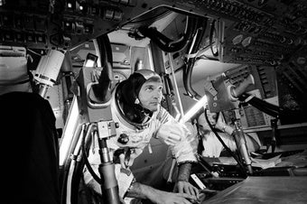 """Watching <em>Apollo 11</em> with NASA Historian Bill Barry"""" border=""""0″ style=""""border: 0; border-width: 0; display: block; float: right;""""></a>  </td> </tr> </table> </td> </tr> </table></div> <p>      <!--[if (gte mso 9)