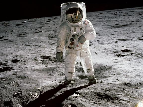 Astronauts May Moonwalk Faster Than Expected