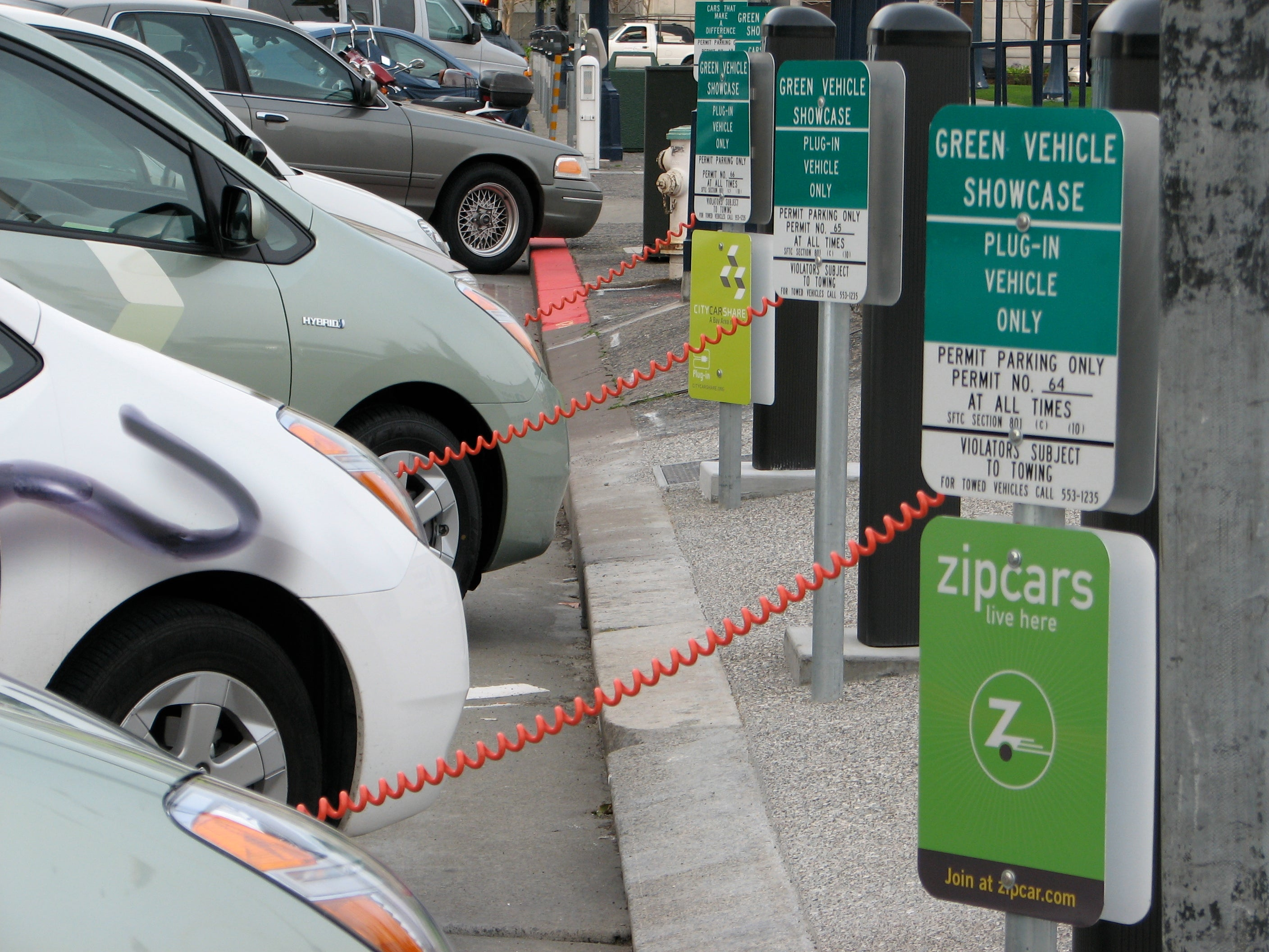 Fast-Charge Plugs Do Not Fit All Electric Cars - Scientific American