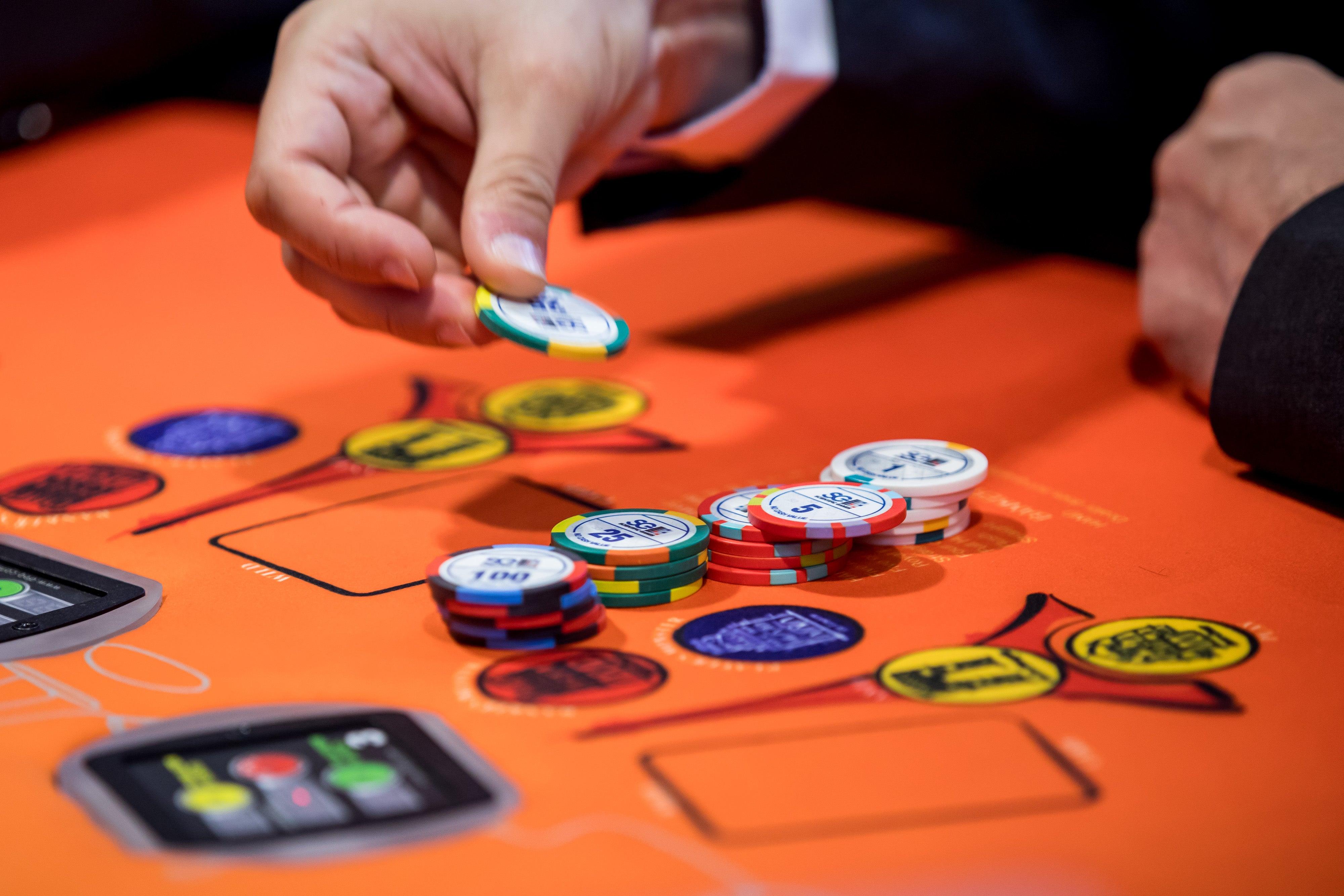 Humans Fold: AI Conquers Poker's Final Milestone - Scientific American