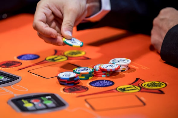 AI Conquers Six-Player Poker