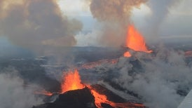 Huge Icelandic Eruption Mimics Industrial Emissions