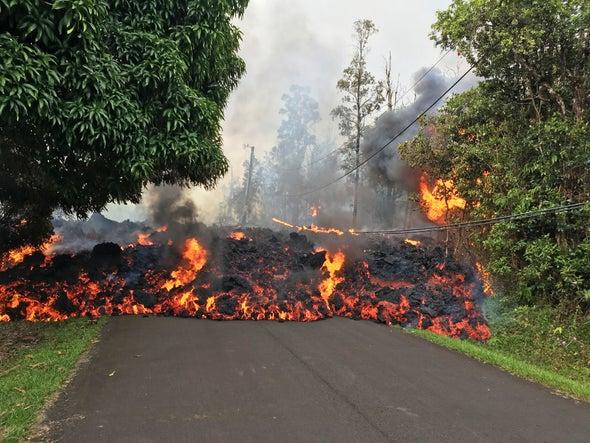 How Kilauea's Lava Invades Neighborhoods
