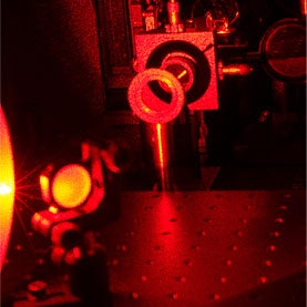 Quantum Noise-Beating Technique with Entangled Photons Demonstrated for First Time