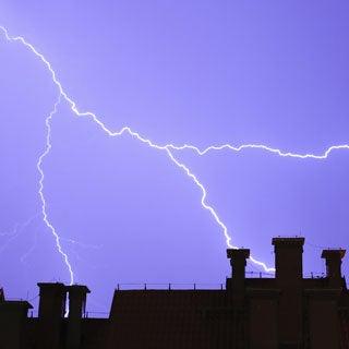 Do cosmic rays cause lightning?